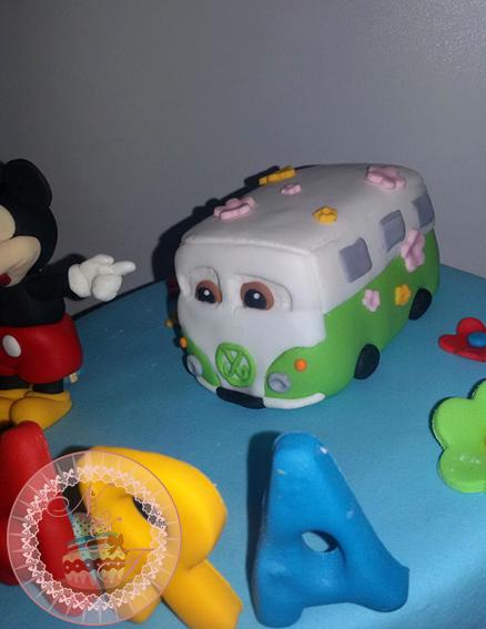 Tarta Mickey y caravana 1